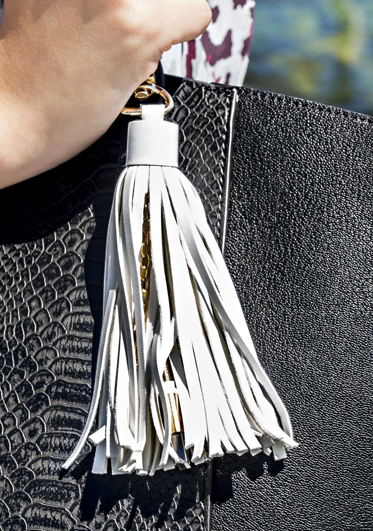 Tassel USB Cable Charger Keychain- Hero